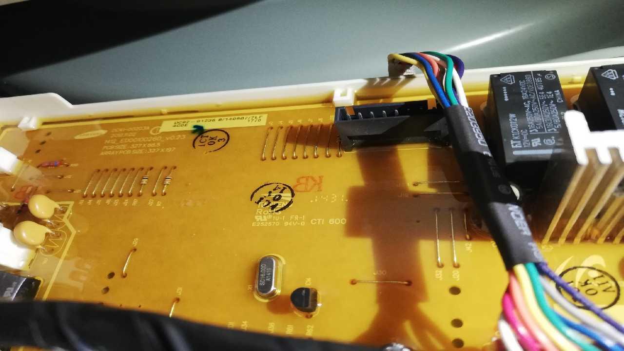 Проблема со стиральной машинкой Samsung schaum aktiv 1-7 kg WF70F5E0R4W