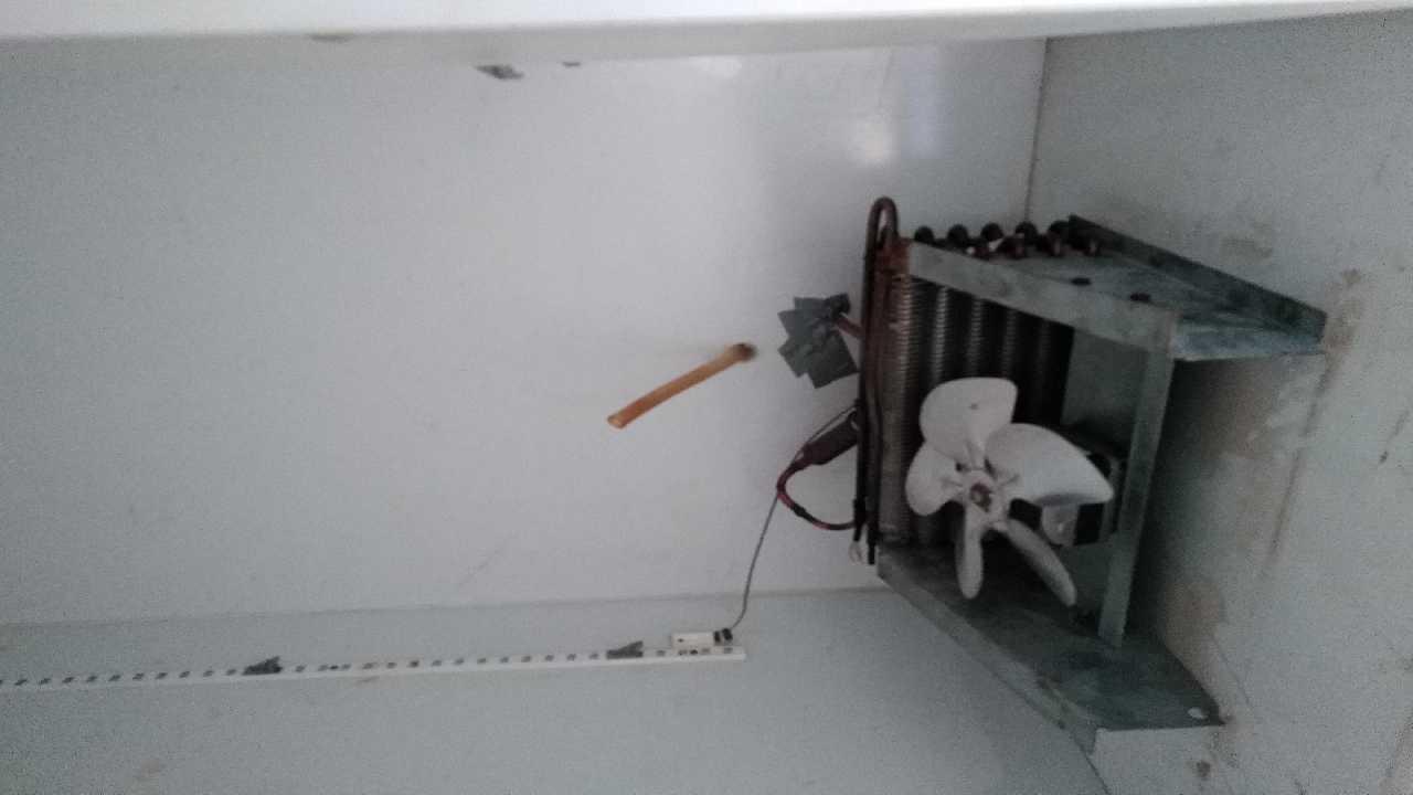 Низкое давление обратки у холодильного шкафа
