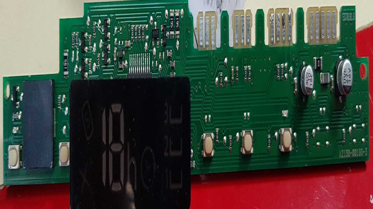 ПММ Ariston LSTF 7M019 С RU 36868310200*502174205 прошивку блока индикации.