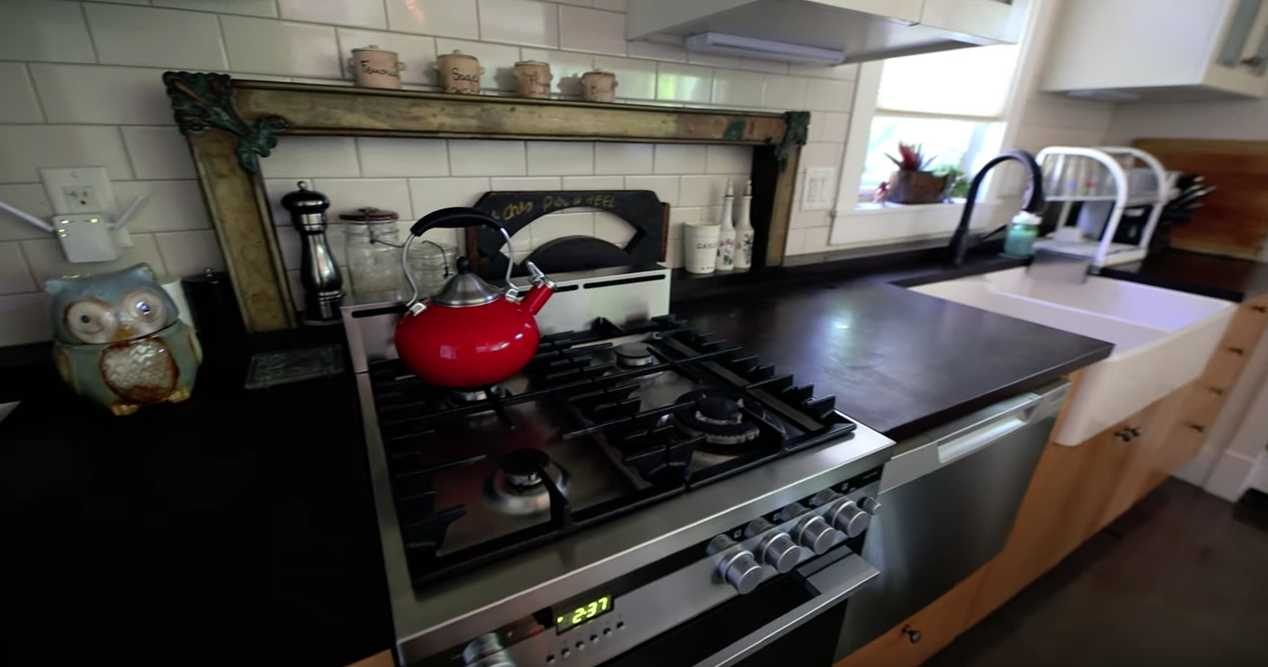 ПММ с вертикальной загрузкой для тесной кухни