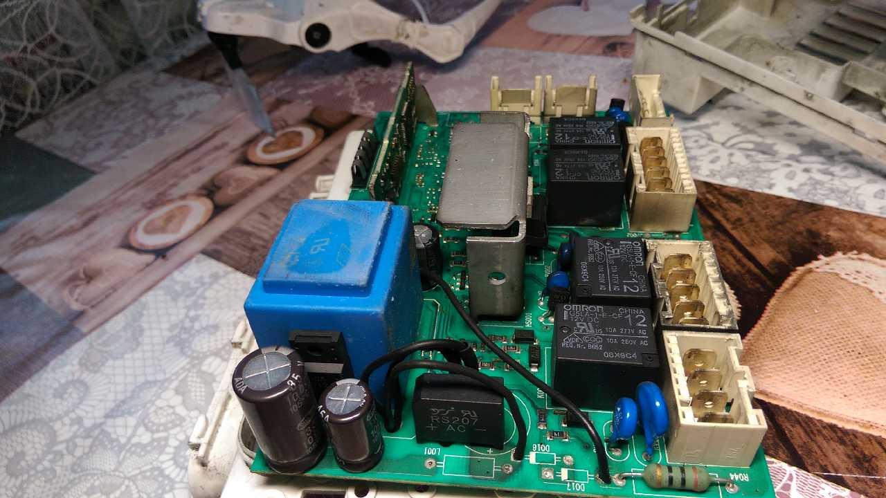 Принесли мой модуль спустя 10лет  IWC6085